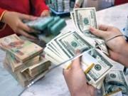 Tài chính - Bất động sản - Mua bán USD trái phép nhộn nhịp bất chấp lệnh cấm
