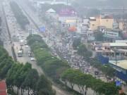Tin tức trong ngày - Đến trưa, Sài Gòn vẫn còn se lạnh như mùa đông Hà Nội