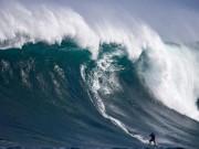 Thế giới - Sóng cao nhất thế giới, hơn nhà 6 tầng ở Đại Tây Dương
