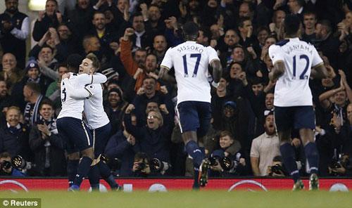 Tottenham - Hull City: Bắn phá liên hồi - 1