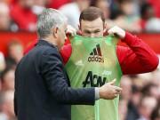 Bóng đá - MU: Bị thay ra, Rooney đập vỡ kính trước mặt Mourinho