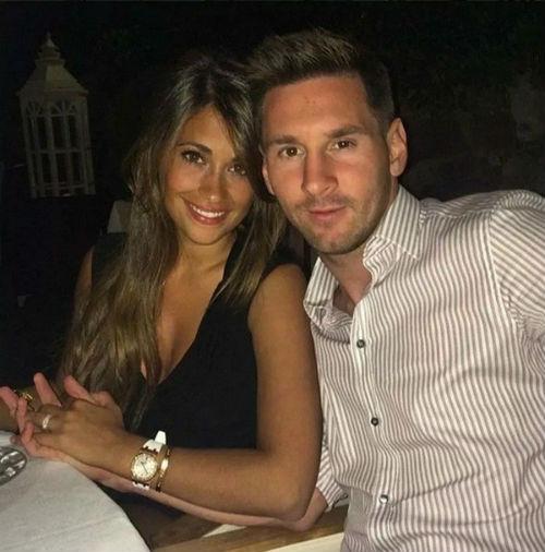 Messi lấy vợ: Soái ca chung thủy và 20 năm son sắt