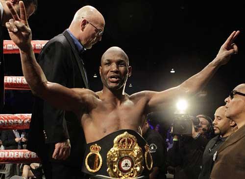 Boxing: U60 vẫn quyết đấu với nhà vô địch 27 tuổi