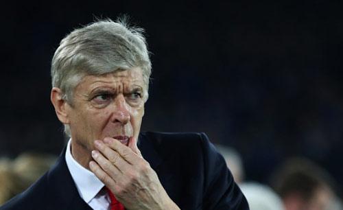 Wenger không nghỉ sớm, Arsenal mất cả Sanchez & Ozil