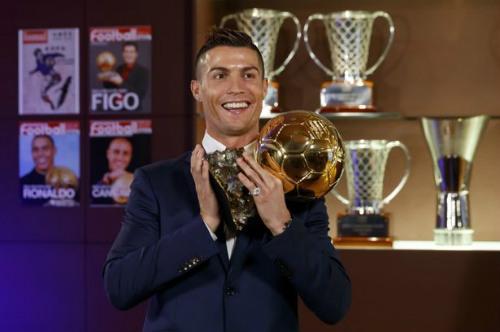 """Tuần lễ trong mơ và 7 """"thiên đường"""" của Ronaldo - 2"""
