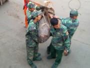 Tin tức trong ngày - Hải Phòng: Quả bom 1 tạ mắc vào neo tàu