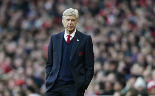 Wenger như đang bị một những bóng ma quấy rối khiến ông gần như bị xui xẻo ngay đúng vào lễ giáng sinh.