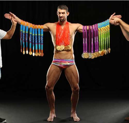 Tin thể thao HOT 21/12: Phelps đeo 23 HCV lên bìa tạp chí