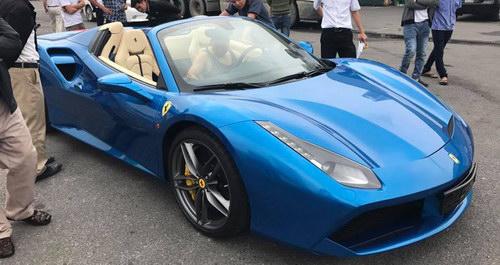 Dân chơi Hà Nội mạnh tay đưa Ferrari 488 Spider về Việt Nam