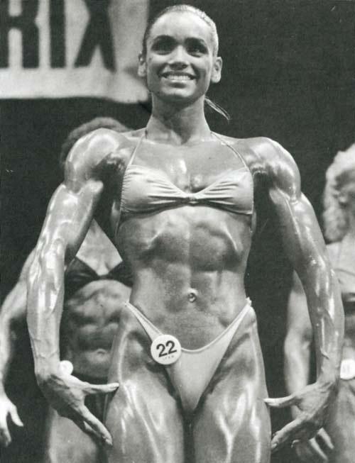 """10 dị nữ có cơ bắp khủng nhất hành tinh: Nam giới cũng """"hãi"""""""