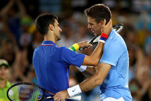 """Kỳ phùng địch thủ tennis 2017: Djokovic & """"Tòa tháp Tandil"""""""