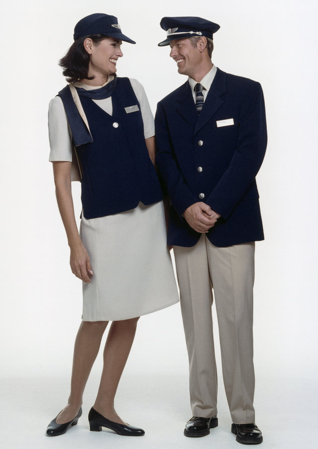 Xếp hạng đồng phục tiếp viên kém bắt mắt trên thế giới - 2