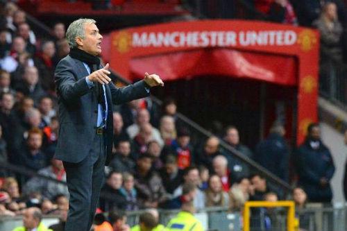 """Năm 2017 với Mourinho và Pep: Thay đổi hoặc """"ra đường"""" - 2"""