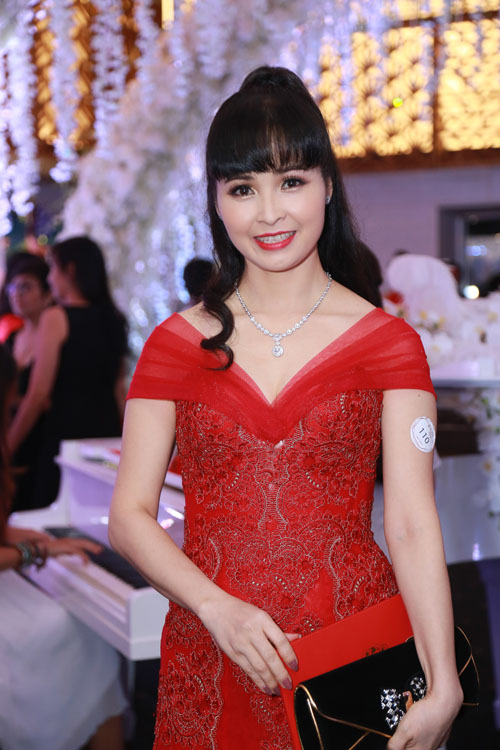 """Dự đám cưới Trấn Thành toàn sao """"khủng"""" của showbiz Việt - 19"""