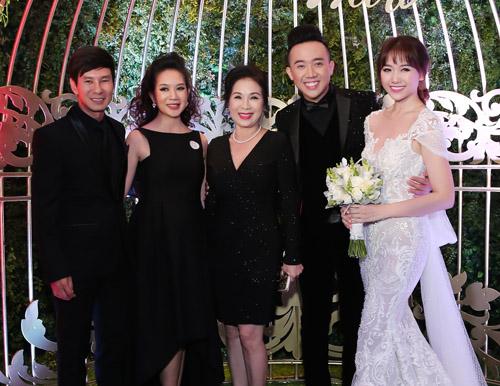 """Dự đám cưới Trấn Thành toàn sao """"khủng"""" của showbiz Việt - 10"""