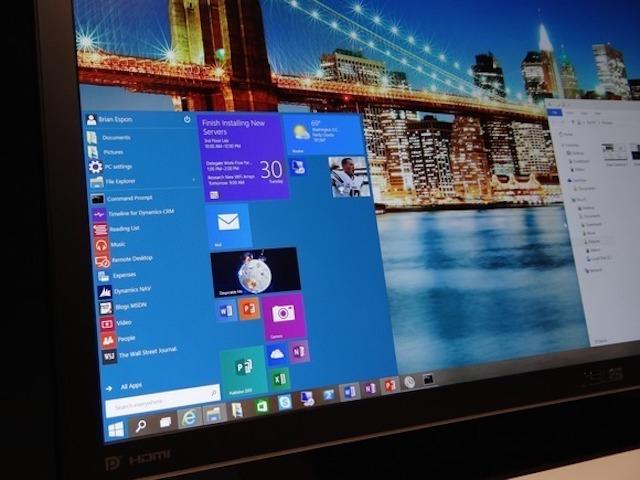 Microsoft nhận sai khi ép người dùng