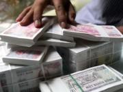 Tài chính - Bất động sản - Lại nở rộ dịch vụ đổi tiền lẻ với phí 'khủng'