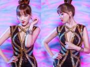 """Ca nhạc - MTV - Hari Won quá gợi cảm trong clip """"yêu"""" tặng Trấn Thành"""