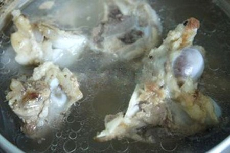 Cách nấu nước lẩu ngon tuyệt trong ngày Tết - 1