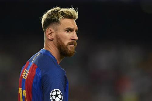 """Vượt Iniesta, Ozil - Messi là """"Vua kiến tạo"""" 2016"""