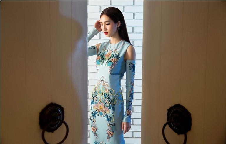 Đặng Thu Thảo đẹp mê hoặc với váy xuân xuyên thấu - 11