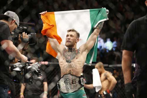 """Tin thể thao 31/12: """"Gã điên"""" UFC muốn giữ liền 3 đai"""