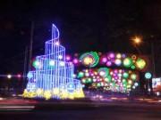 Tin tức trong ngày - Kinh đô ánh sáng ở Sài Gòn chào đón năm mới 2017