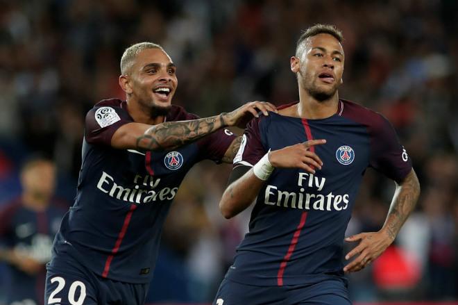 """Neymar """"khuất phục"""" Cavani: Vua mới độc chiếm đế chế PSG - 2"""