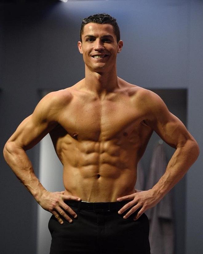 """Bộ """"tam tấu"""" lẫy lừng của Real Madrid toàn trai 6 múi như CR7 - 1"""