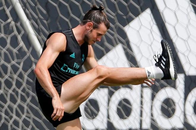 """Bộ """"tam tấu"""" lẫy lừng của Real Madrid toàn trai 6 múi như CR7 - 5"""