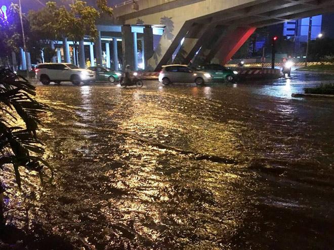 Vì sao mưa ngập đường, xe chết máy mới vận hành siêu máy bơm? - 6