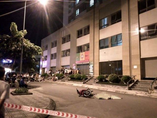 Hà Nội: Cô gái trẻ rơi từ tầng 25 xuống suýt trúng người đi xe máy