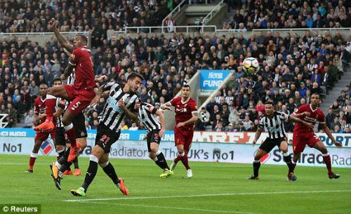 Chi tiết Newcastle - Liverpool: Nỗ lực vô vọng (KT) 21