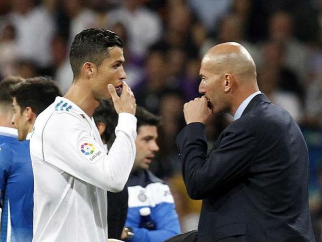 """Ronaldo bực tức vì tịt ngòi: Zidane mặc kệ, vui vì Real """"phá dớp"""" - 1"""