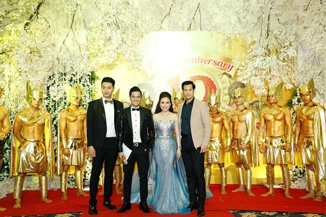 Hoa hậu Đại dương Đặng Thu Thảo nổi bật trong dạ tiệc Angel Beauty - 2