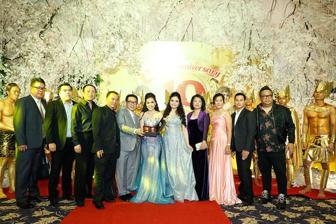 Hoa hậu Đại dương Đặng Thu Thảo nổi bật trong dạ tiệc Angel Beauty - 8