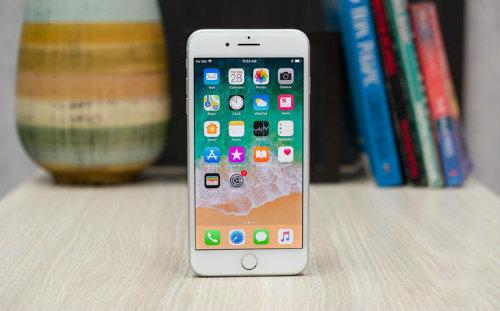 iPhone 8 Plus cồng kềnh, nặng nhất trong các iPhone - 1