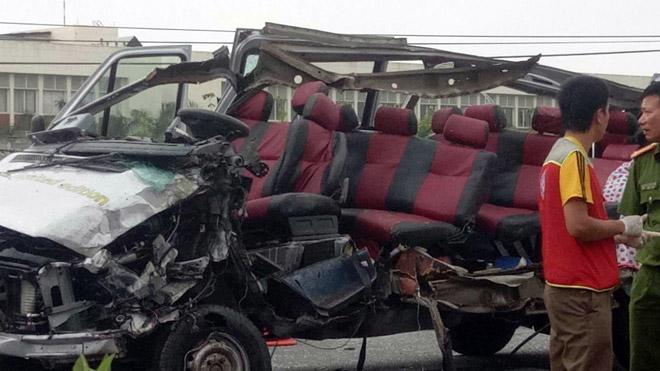 Ảnh: Hiện trường khủng khiếp vụ tai nạn 6 người chết ở Tây Ninh - 6
