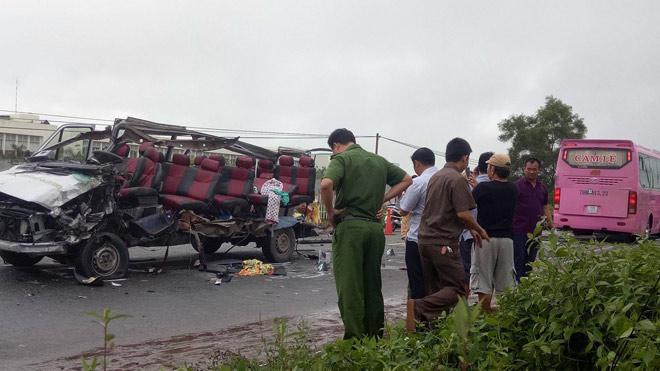 Ảnh: Hiện trường khủng khiếp vụ tai nạn 6 người chết ở Tây Ninh - 2