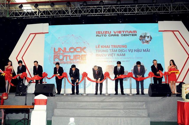 Isuzu Việt Nam chính thức ra mắt Trung Tâm Dịch Vụ Hậu Mãi tại TP. Hồ Chí Minh - 2