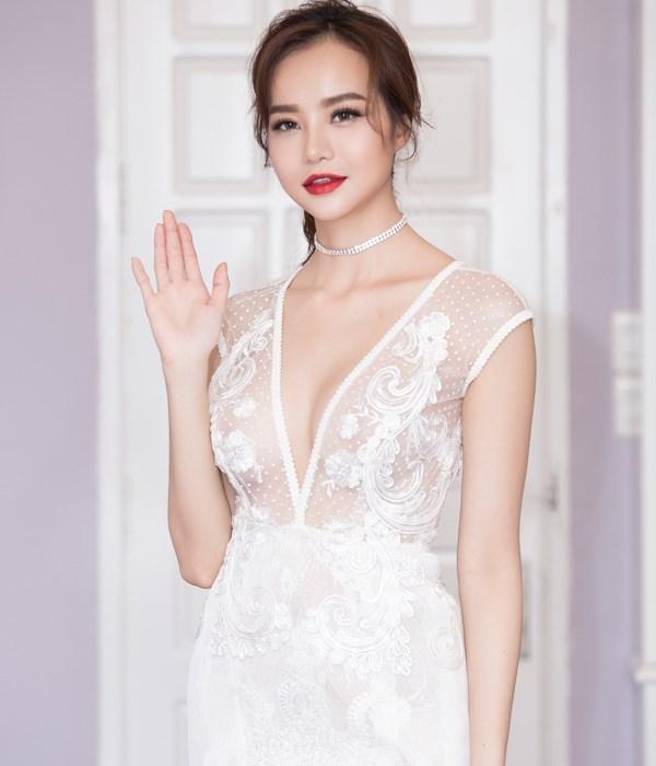 """Chi cả tỷ đồng """"xây lại nhan sắc"""", hoa hậu Việt này giờ sexy tới ngạt thở - 2"""
