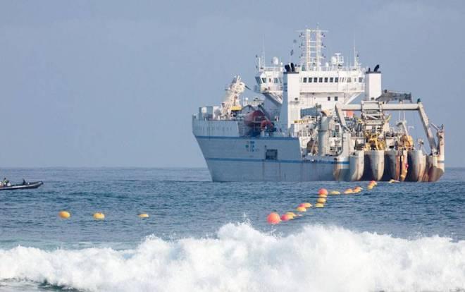 Microsoft và Facebook công bố lắp xong tuyến cáp ngầm xuyên Đại Tây Dương - 1