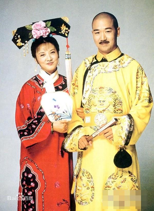 """Vua Càn Long của """"Tể tướng Lưu gù"""": Đời cha mẫu mực, đời con bất trị_ - 2"""