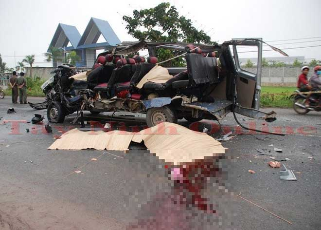 Nóng 24h qua: Hé lộ nguyên nhân vụ tai nạn 6 người chết ở Tây Ninh