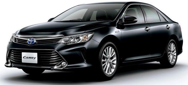 Toyota Camry tại Việt Nam hạ giá, chờ bản mới ra mắt