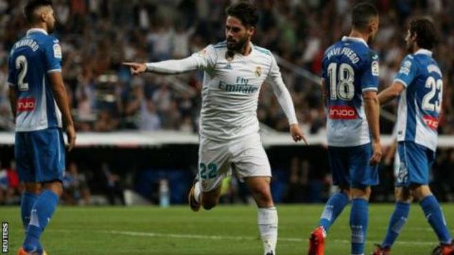 """Real sinh biến: Ronaldo """"tịt ngòi"""", cãi nhau 2 đàn em ở phòng thay đồ - 1"""