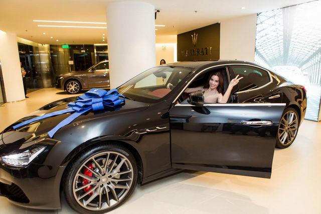 Hồ Ngọc Hà sắm siêu xe Maserati 7 tỷ đồng - 5