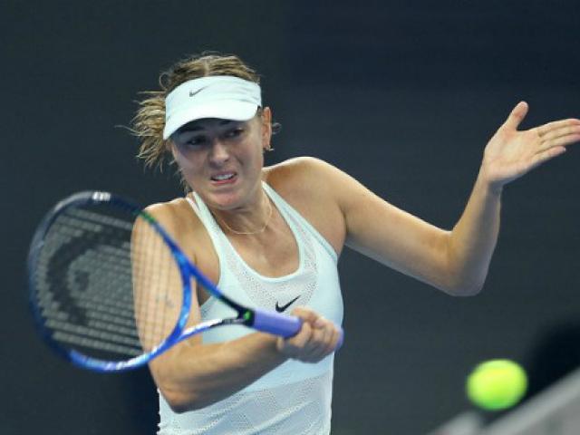 """China Open 4/10: Del Potro dừng bước, """"Tiểu Federer"""" vào tứ kết 5"""