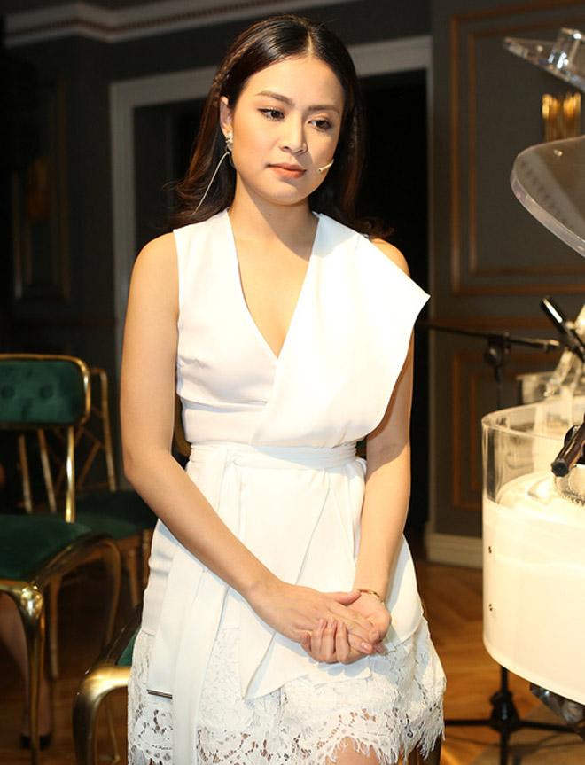 Hoàng Thuỳ Linh viết tự truyện, lần đầu trải lòng về scandal 10 năm trước