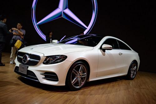 Mercedes E300 Coupe 2018 giá 3,1 tỷ đồng ở Việt Nam - 4